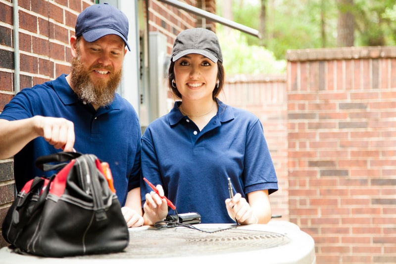 When to Call an HVAC Technician About a Problem in Clinton,TN